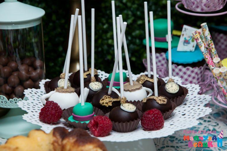 Сладкарница домашни шоколадови бонбони